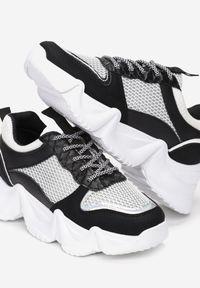 Renee - Czarne Sneakersy Dorialina. Kolor: czarny