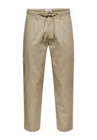 Only & Sons - ONLY & SONS Spodnie materiałowe Leo 22013002 Beżowy Regular Fit. Kolor: beżowy. Materiał: materiał #6