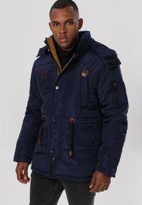 Niebieska kurtka zimowa Born2be