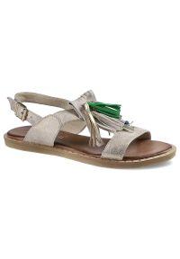 Złote sandały Carinii
