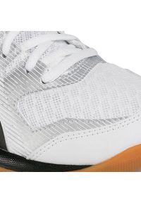 Białe buty do fitnessu Asics z cholewką, na co dzień
