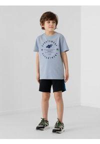 4f - Spodenki dresowe chłopięce. Kolor: niebieski. Materiał: dresówka. Styl: sportowy