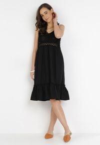 Born2be - Czarna Sukienka Lorainia. Kolor: czarny