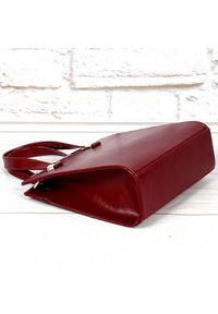 Czerwona torebka DAN-A elegancka, w kolorowe wzory