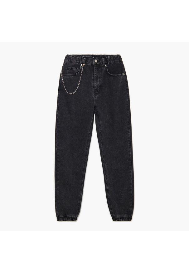 Cropp - Jeansowe joggery z łańcuchem - Szary. Kolor: szary