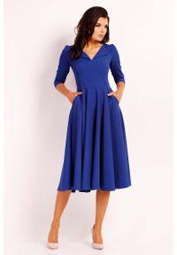 Nommo - Kobaltowa Elegancka Rozkloszowana Sukienka z Wykładanym Kołnierzem. Kolor: niebieski. Materiał: wiskoza, poliester. Styl: elegancki