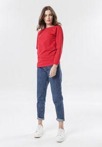 Czerwona bluza Born2be