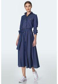 e-margeritka - Sukienka koszulowa jeansowa midi na guziki - 40. Materiał: jeans. Sezon: lato. Typ sukienki: koszulowe. Długość: midi