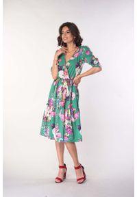 Nommo - Sukienka z Falbanką z Kopertowym Dekoltem - Zielona. Kolor: zielony. Materiał: wiskoza, poliester. Typ sukienki: kopertowe