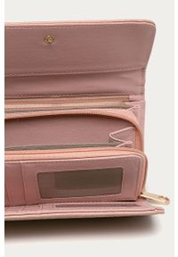 Różowy portfel Answear Lab