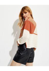 NANUSHKA - Patchworkowy sweter June. Kolor: brązowy. Materiał: dzianina