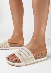 Born2be - Beżowe Klapki Madore. Nosek buta: okrągły. Kolor: beżowy. Materiał: zamsz. Styl: elegancki
