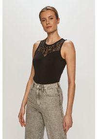 Vero Moda - Bluzka. Kolor: czarny. Materiał: koronka. Długość rękawa: na ramiączkach