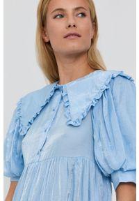 Vila - Sukienka. Okazja: na co dzień. Kolor: fioletowy. Materiał: tkanina. Długość rękawa: krótki rękaw. Wzór: gładki. Typ sukienki: proste. Styl: casual