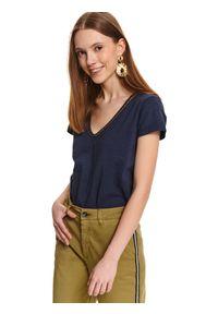 Niebieski t-shirt TOP SECRET z dekoltem w serek, z krótkim rękawem, na wiosnę, z aplikacjami