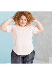 DOMYOS - Koszulka fitness. Kolor: różowy. Materiał: poliester, materiał. Sport: fitness