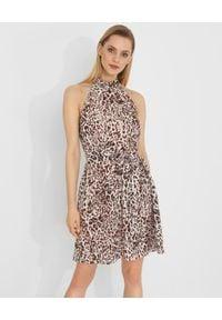 Pinko - PINKO - Mini sukienka w zwierzęcy print Riposto. Typ kołnierza: dekolt halter. Kolor: brązowy. Wzór: motyw zwierzęcy, nadruk. Długość: mini