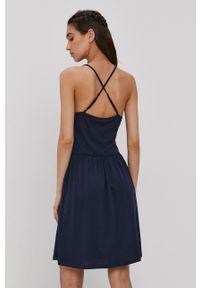 Vero Moda - Sukienka. Kolor: niebieski. Materiał: dzianina, bawełna. Długość rękawa: na ramiączkach. Wzór: gładki. Typ sukienki: rozkloszowane