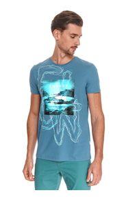 TOP SECRET - T-shirt męski z nadrukiem. Kolor: niebieski. Materiał: tkanina, bawełna. Długość rękawa: krótki rękaw. Długość: krótkie. Wzór: nadruk. Sezon: lato