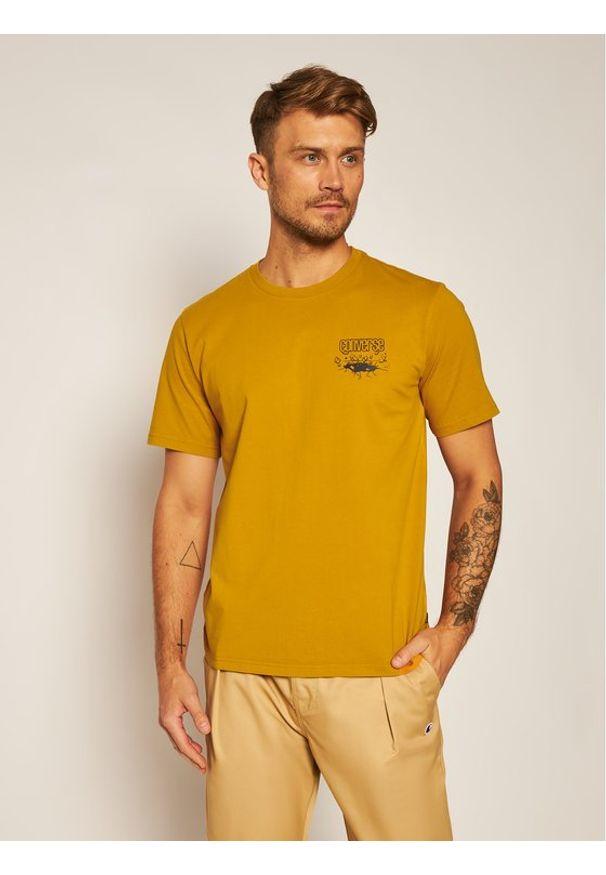 Converse T-Shirt 10019934-A03 Żółty Regular Fit. Kolor: żółty
