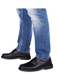 ESCOTT - Półbuty męskie Escott 764 Czarne. Zapięcie: sznurówki. Kolor: czarny. Materiał: tworzywo sztuczne, skóra. Obcas: na obcasie. Styl: elegancki. Wysokość obcasa: średni