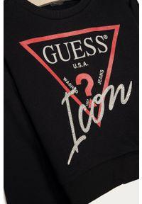 Czarna bluza Guess bez kaptura, z nadrukiem