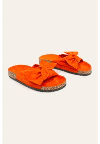 Pomarańczowe klapki ANSWEAR
