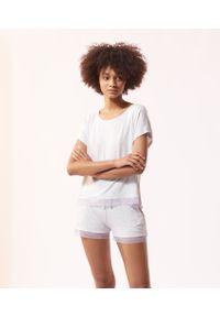 Szara piżama Etam w koronkowe wzory, krótka