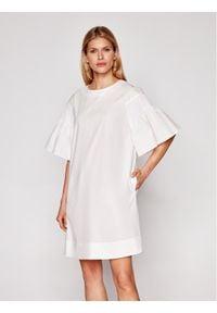 Weekend Max Mara Sukienka codzienna Pacos 52212211 Biały Regular Fit. Okazja: na co dzień. Kolor: biały. Typ sukienki: proste. Styl: casual