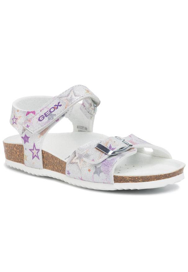 Srebrne sandały Geox na lato