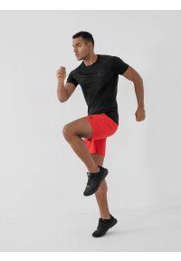 4f - Spodenki treningowe szybkoschnące męskie. Kolor: czerwony. Materiał: dzianina. Sport: fitness