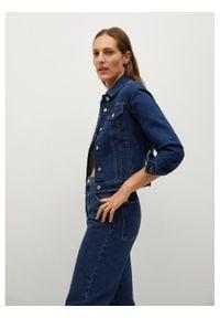 mango - Mango Kurtka jeansowa Vicky 87014754 Granatowy Regular Fit. Kolor: niebieski. Materiał: jeans