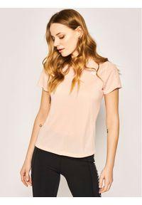Różowy t-shirt New Balance