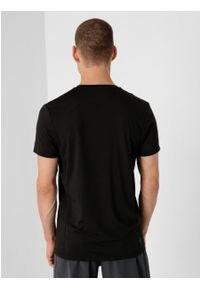 outhorn - Koszulka treningowa męska. Okazja: na co dzień. Materiał: poliester, materiał, elastan. Wzór: gładki. Styl: casual