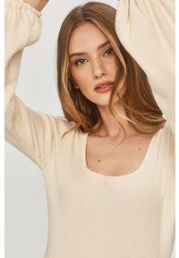 Biała bluzka Answear Lab gładkie, wakacyjna, z dekoltem karo