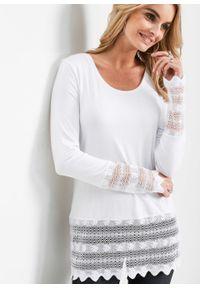 Długi shirt z koronką bonprix biel wełny. Kolor: biały. Materiał: wełna, koronka. Długość: długie. Wzór: koronka