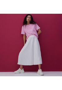 Reserved - Plisowana spódnica midi - Kremowy. Kolor: kremowy