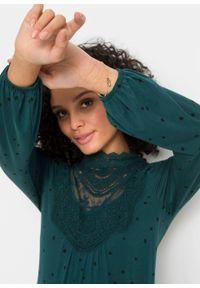Shirt z długim rękawem z nadrukiem i koronką bonprix niebieskozielony - czarny w kropki. Kolor: niebieski. Materiał: koronka. Długość rękawa: długi rękaw. Długość: długie. Wzór: kropki, koronka, nadruk