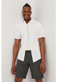 Only & Sons - Koszula bawełniana. Typ kołnierza: kołnierzyk klasyczny. Kolor: biały. Materiał: bawełna. Długość rękawa: krótki rękaw. Długość: krótkie. Styl: klasyczny