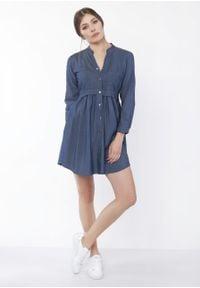e-margeritka - Sukienka casual koszulowa na guziki jeans - 42. Okazja: na co dzień. Typ kołnierza: kołnierzyk stójkowy. Materiał: jeans. Typ sukienki: proste, koszulowe. Styl: casual