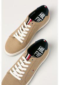 TOMMY HILFIGER - Tommy Hilfiger - Tenisówki. Nosek buta: okrągły. Zapięcie: sznurówki. Kolor: beżowy. Materiał: guma