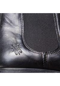 Czarne buty zimowe Fly London z cholewką, eleganckie