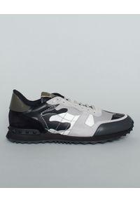 VALENTINO - Sneakersy Rockrunner Camouflage. Kolor: szary. Materiał: zamsz, guma. Wzór: aplikacja