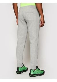 Szare spodnie dresowe Superdry