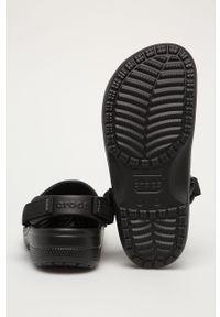 Czarne klapki Crocs na obcasie, gładkie #4
