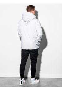 Biała kurtka Ombre Clothing z aplikacjami, na zimę