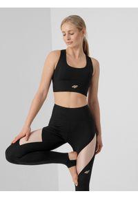 4f - Biustonosz do jogi z materiałów z recyklingu damski. Kolor: czarny. Materiał: materiał. Rodzaj stanika: wyciągane miseczki. Sport: joga i pilates