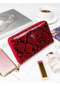 MILANO DESIGN - Pojemny portfel damski czerwony Milano Design. Kolor: czerwony. Materiał: skóra ekologiczna