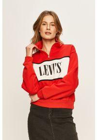Czerwona bluza Levi's® z nadrukiem, na spotkanie biznesowe, krótka