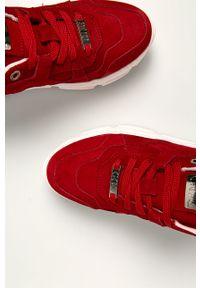 Czerwone buty sportowe GOE na sznurówki, z cholewką